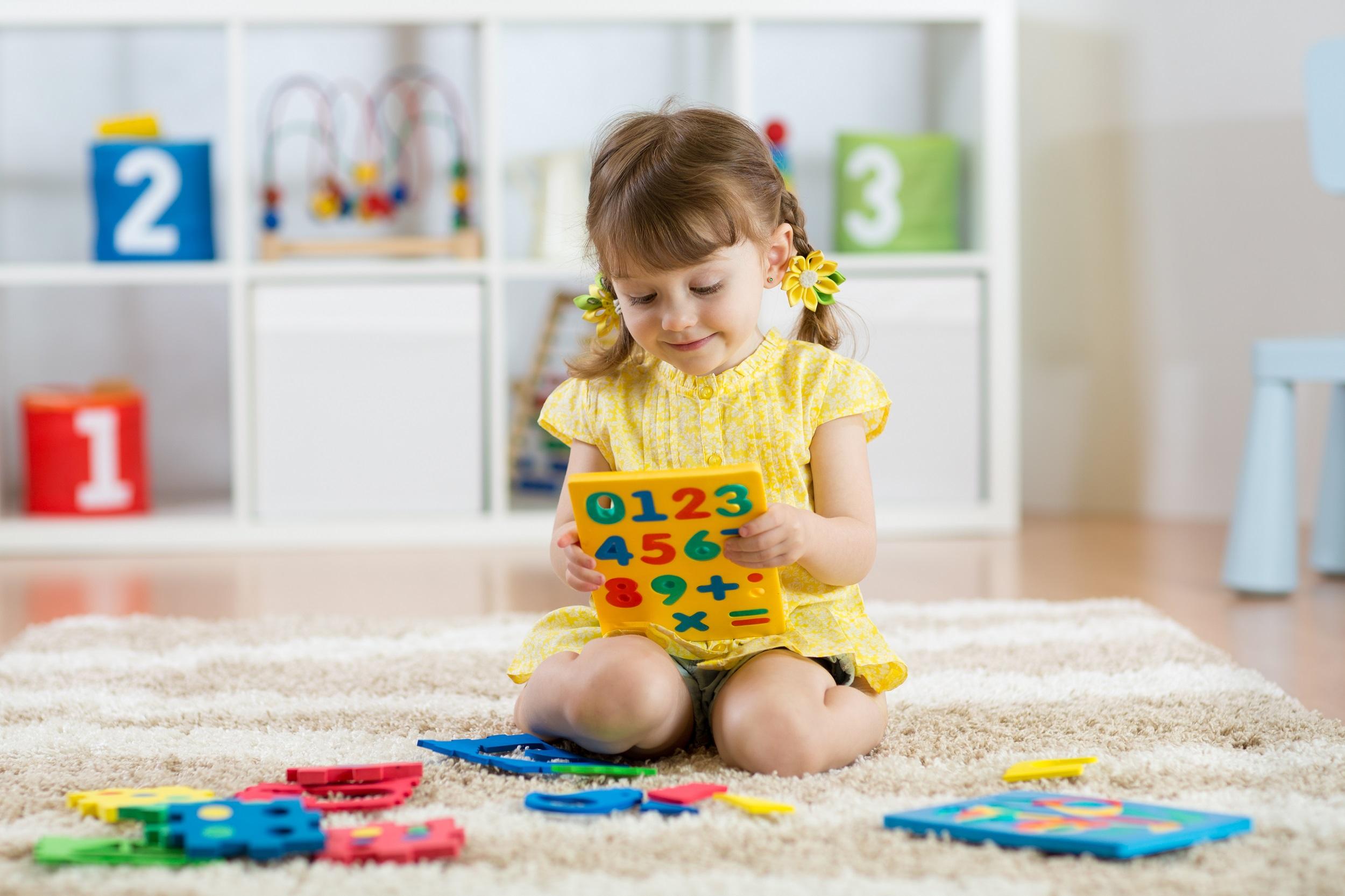 Immersja językowa, jak nauczyć przedszkolaka języka obcego w domu?